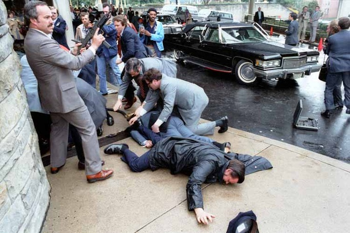Politicians Targeted by Assassins | PBS NewsHour | Jan. 12, 2011 | PBS