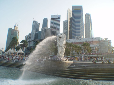 Picture Blog Singapore on Singapore Bursts With Energy  But Change Can Be Disturbing   Pbs