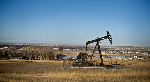 u s booming oil industry A pump jack in a permian basin oil field in west texas the area has been a focus of the shale drilling boomcreditspencer platt/getty images north america by clifford krauss jan 28, 2018 houston — a substantial rise in oil prices in recent months has led to a resurgence in american oil production, enabling the.