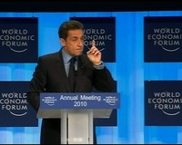 News Wrap: Davos Meeting Focuses on Big Banks