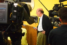 Kenneth Feinberg speaks in Bayou La Batre, Ala.; Tom Bearden/NewsHour