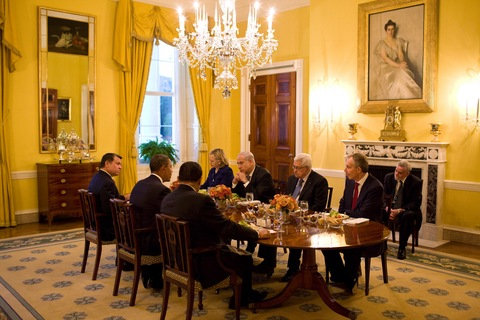 President Barack Obama holds a working dinner as part of Middle East peace negotiations; White House Photo by Pete Souza