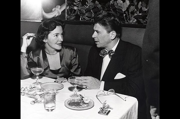 1949, November 15