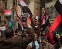 News Wrap: Iraqi Protests for Better Government Services Turn Violent
