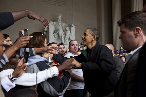 President Obama visits Lincoln Memorial; photo by Jim Lo Scalzo/Pool-Getty Images
