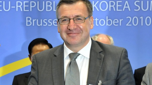 Steven Vanackere at the EU-Republic of Korea summit in 2010. Georges Gobet/AFP/Getty Images.