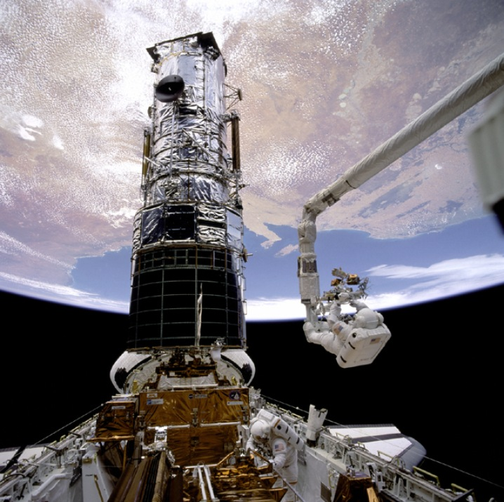 Servicing the Hubble