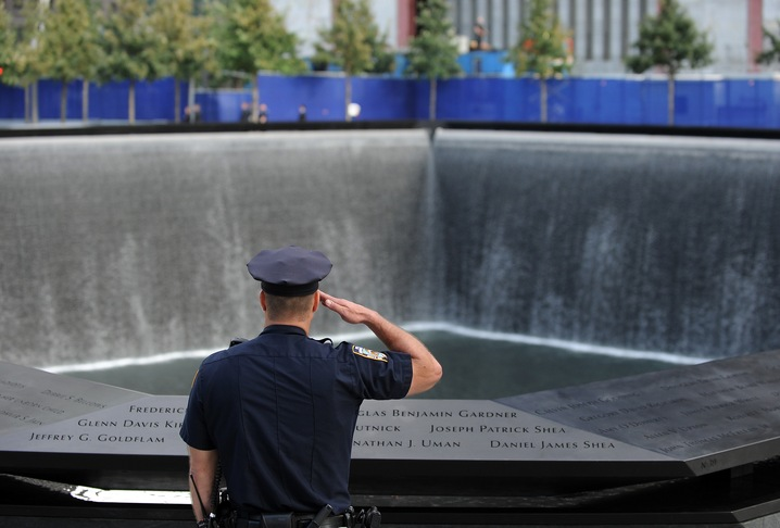 Saluting the Victims