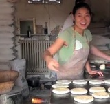 A local, family-run bread-only bakery in China.