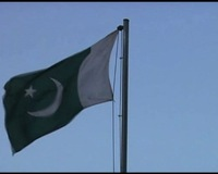 Outraged Pakistanis Protest Deadly Cross-Border Attack by NATO