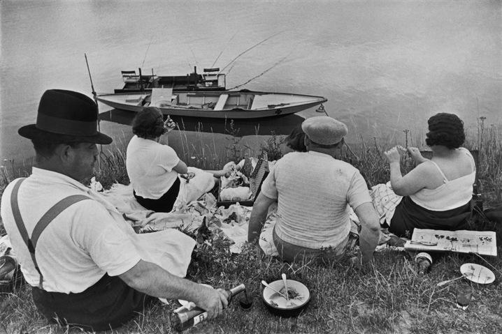 Near Juvisy, France. 1938