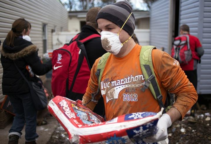 Marathoners Help
