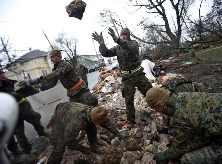 US Marines Lend a Hand