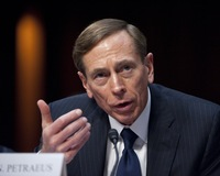 Should Lawmakers and White House Have Been Warned of Petraeus Investigation?