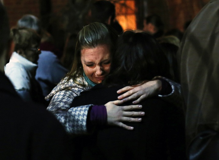 Vigil Draws Newtown Mourners