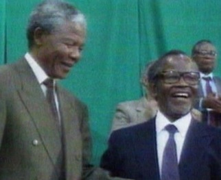 WATCH: As Obama Arrives, Reflecting on Change in South Africa and Iconic Leader Mandela
