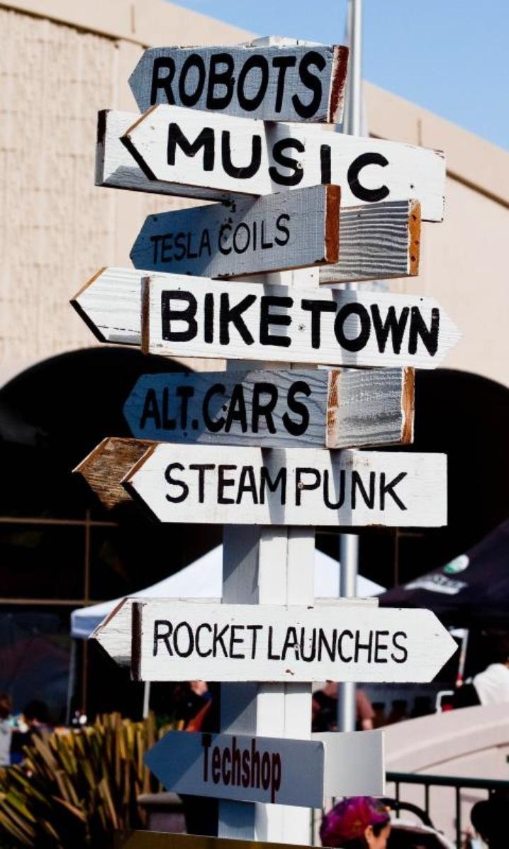 Signs at San Mateo