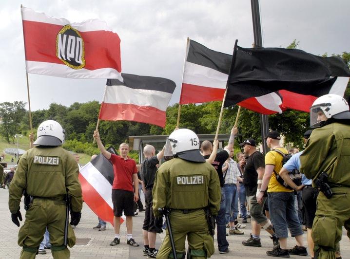 Neo-nazi rally
